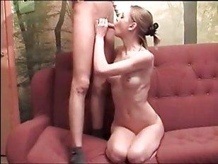 Порно молодые ххх; трепетный романтик отодрал худую барышню